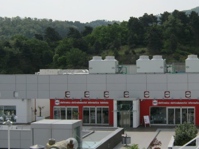 Cooling Towers for a Mall in Italy_Case Study